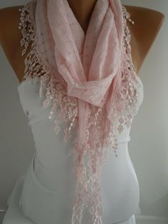 You can do so much with this scarf very pretty