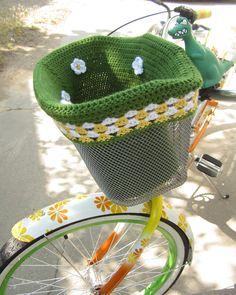 www.ellalu.etsy.com custom bike basket liner