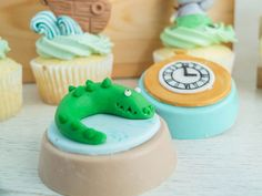 Cake Set | Peter Pan from London to Never-Never Land | Cottontail Cake Studio | Sugar Art & Pastries How To Make Everything, Peter Pan Party, Fondant Figures, Pan Set, Sugar Art, Cute Cakes, Celebration Cakes, Pastries, London