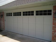 Garage Door Windows - http://homeplugs.net/garage-door-windows/