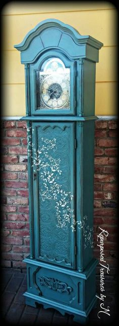 Check out this item in my Etsy shop https://www.etsy.com/listing/293388791/shabby-chic-grandfather-clock-distressed