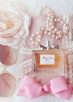 pretty things, love this perfume