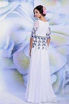 94633a103e4 31 nejlepších obrázků z nástěnky svatební šaty inspirace