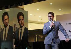 Gerard Butler Photos - Gerard Butler attends a photocall for Hugo Boss on March 20, 2015 in Dubai, United Arab Emirates. - Gerard Butler for Hugo Boss Photo Call