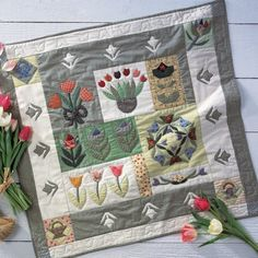 Un patchwork de tulipes en tissu