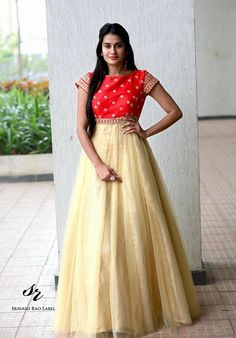 25 Designer Outfits That Speak Tales Of Ethnicity And Elegance Party Wear Indian Dresses, Indian Gowns Dresses, Party Dresses For Women, Dress Party, Prom Dresses, Simple Gown Design, Long Dress Design, Designer Anarkali Dresses, Designer Dresses
