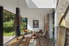 22 Modern Interior Design Ideas Blending Brick Walls with Stylish Home Furnishings