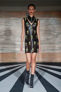 Show Review: Matthew Williamson Fall 2014