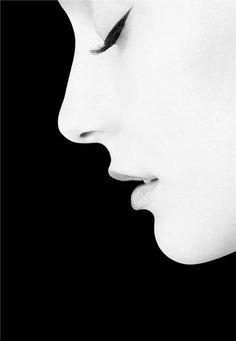Profile. S)