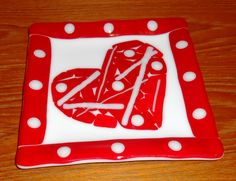 Fused Glass Valentine's Plate - February 2011 Valentine Doodle, Valentines Art, Valentines Day Hearts, Fused Glass Art, Stained Glass, Glass Fusing Projects, Glass Design, 30 Years, Art Projects