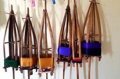 gadwal sarees yarn http://www.craftsvilla.com/blog/gadwal-sarees-discover-the-nine-yard-empire-of-the-south/