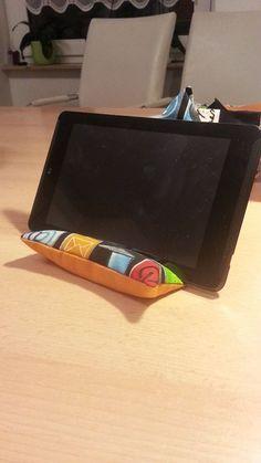 Tablet Halter