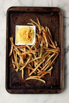 baked french fries with spicy garlic aioli