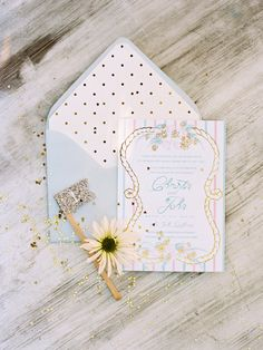 Love these envelopes! Wedding Invitation Inspiration, Unique Wedding Invitations, Wedding Stationary, Wedding Paper, Wedding Cards, Pink Wedding Colors, White Balloons, When I Get Married, Wedding Designs