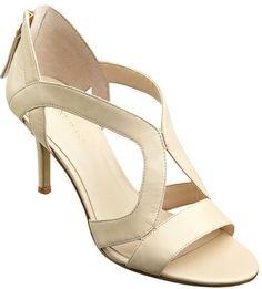 #NineWest                 #Women #Shoes             #peep #sole #heel #toe #zipper #entry #pump #single GIGGLYGIRL                Single sole peep toe pump with back zipper entry. 3 1/4 heel.                 http://pin.seapai.com/NineWest/Women/Shoes/1285/buy