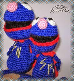 Super Coco Amigurimi - Patrón Gratis en Español aquí: http://creandomingumiosdeesos.blogspot.de/2014/09/reto-50-amigurimis-n-24-y-25-super-coco.html