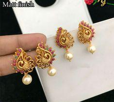 #rings #earEar rings Indian Jewelry Earrings, Gold Jhumka Earrings, Gold Jewelry Simple, Jewelry Design Earrings, Gold Earrings Designs, Gold Rings Jewelry, Jewellery Designs, Designer Earrings, Gold Earrings For Women