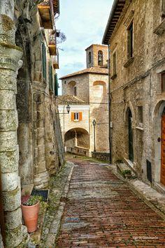 Galleria Piziarte - Google+www.piziarte.net #CivitelladelTronto   #Teramo   #Abruzzo   via +Ugo Di Giammarco Google