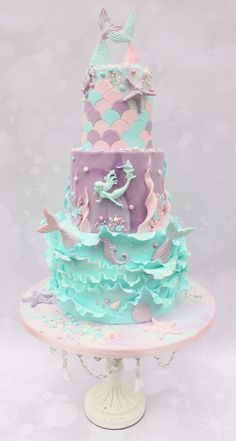 I really enjoyed making this three tiered chocolate cake for my friends daughter. Mermaid Birthday Cakes, Little Mermaid Birthday, Mermaid Cakes, Birthday Cupcakes, Pretty Cakes, Cute Cakes, Beautiful Cakes, Bolo Sofia, Bolo Tumblr