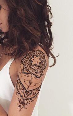 46 Awesome Mandala Tattoo Designs To Get Inspired body art tattoos, mandala tattoos, shoulder tattoos, sleeve tattoo design Tattoo Trend, Tattoo Henna, Henna Tattoo Designs, Diy Tattoo, Henna Designs Arm, Hand Tattoo, Tattoo Arm, Tattoo Flash, Henna Art