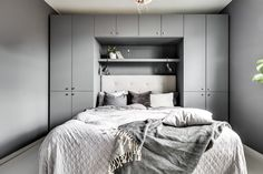 20 Trendy bedroom storage ideas for small spaces kids closets Bedroom Closet Design, Bedroom Wardrobe, Bedroom Wall, Bedroom Decor, Fitted Bedroom Furniture, Fitted Bedrooms, Small Bedroom Storage, Small Master Bedroom, Teen Room Decor