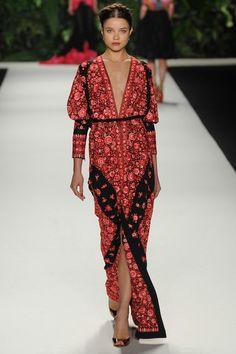 Naeem Khan Spring 2014 Ready-to-Wear Fashion Show Fashion Week, Runway Fashion, Boho Fashion, Fashion Models, High Fashion, Fashion Show, Fashion Design, Fashion Clothes, Fashion Tips