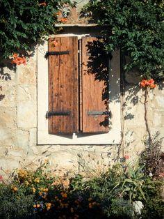 Antique shutters - Vis, Croatia
