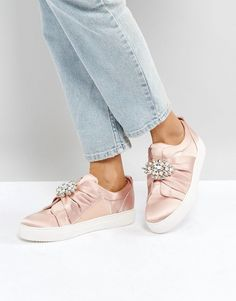 NEW LOOK EMBELLISHED BROOCH SATIN SNEAKER - PINK. #newlook #shoes #