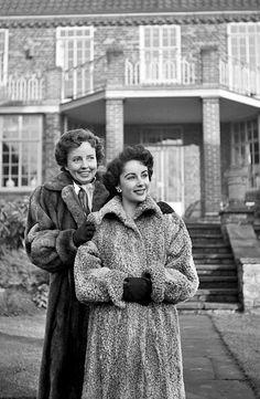 Elizabeth Taylor and her mother Sara