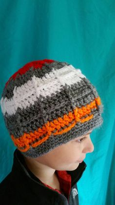Hey, I found this really awesome Etsy listing at https://www.etsy.com/listing/459402266/ooak-scrappy-crochet-windowpane-beanie