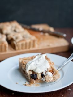 Sweet and simple Pear and Dried Fig Tart recipe with ground hazelnut crust. No sugar is needed! Just a little drizzle of honey and the fruit does the rest.