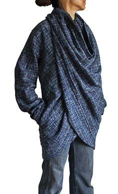 Interesting Garment: Twist design coat pullover JFS-061-04 of the hand-woven cotton Tarpon