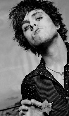 Billie Joe Armstrong can be the sheriff of my town any day lol!