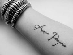 22 #latinske tatoveringer du ikke #kommer til å #motstå komme...