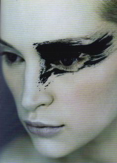 1998 - Inna with Graphic Eye make up by Topolino photo by Eric Traore 4 Vogue