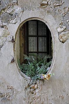 Fenêtre (by lugarplaceplek - rogier) Window View, Window Dressings, Through The Window, Old Doors, Gates, Doorway, Architecture Details, Beautiful Architecture, Windows And Doors