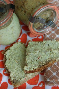 Rezept: veganer Brotaufstrich aus 4 Zutaten