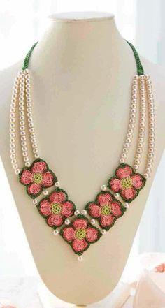 pink-dogwood-crochet-necklace-pattern Mehr Source by Crochet Necklace Pattern, Crochet Jewelry Patterns, Crochet Flower Patterns, Crochet Accessories, Beading Patterns, Crochet Earrings, Bead Crochet, Crochet Designs, Crochet Puff Flower