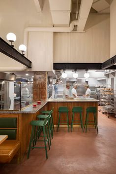 Cherry wood and cork feature in Manhattan bakery by GRT Architects Open Kitchen Restaurant, Bakery Kitchen, Restaurant Design, Cooking Restaurant, Restaurant Ideas, Test Kitchen, Bakery Shop Design, Cafe Design, Bakery Interior Design