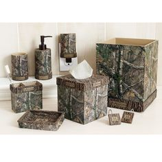 Merveilleux Cabin Decor   Bathroom Decor Decorate Your Entire Bathroom With Our  Realtree Xtra Complete Bathroom Set! To Purchase Individual Decor, Click On  The Items ...