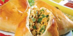 Trufas simples: Receita super fácil de fazer (os melhores recheios) Appetizer Recipes, Appetizers, Tasty, Yummy Food, Spanakopita, Cheesesteak, Crepes, Hot Dog Buns, Food And Drink