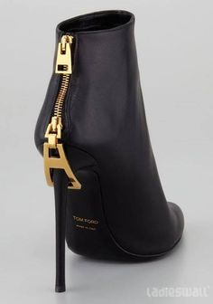 Tom Ford Zipper Booties, please? loveeeeeeeeeeeeeeee it.