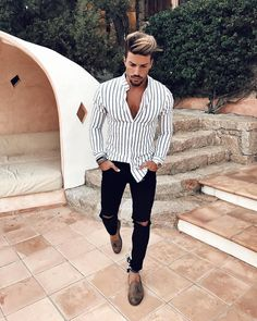 "4,444 likerklikk, 46 kommentarer – Mensfashion ▪️Street ▪️Style (@mensfashion_guide) på Instagram: ""Yes or No?  Via @gentwithstreetstyle Follow @mensfashion_guide for more! By @marianodivaio…"""