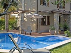 A cool swim in the pool. Lucca, Tuscany, Swimming Pools, Villa, Vacation, Cool Stuff, Outdoor Decor, Home, Swiming Pool