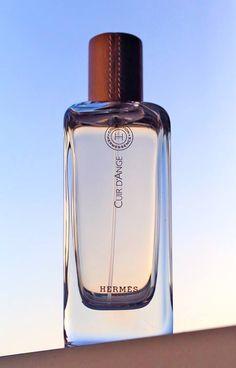 photo What Men Should Smell Like (facebook)#Hermes#Hermessence#Cuir d'Ange