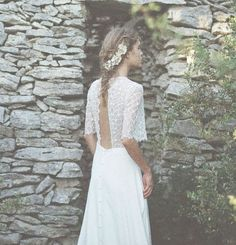 Wedding Dress by Donatelle Godart  // Robes de mariée Donatelle Godart 2017
