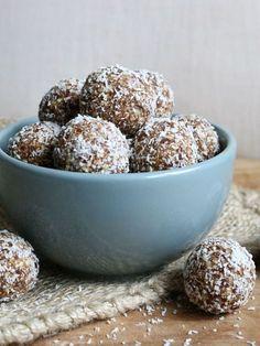Healthy Speculaas Snacks - Ik kan geen genoeg krijgen van speculaas in de wintermaanden! De geur, de smaak, heeelijk! Deze lekkere healthy speculaas snacks zijn dan ook mijn favoriete winterse snack! n met maar5 ingrediënte…