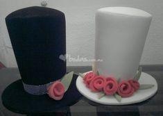 GORROS - COTILLON on Pinterest | 73 Pins Wedding Crafts, Wedding Decorations, Ideas Para Fiestas, Creative Food, Diy Art, Holiday, Christmas, Bridal, Halloween