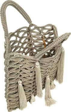 Jimmy Choo ● Delilah Macramé T Crochet Handbags, Crochet Purses, Love Crochet, Knit Crochet, Jimmy Choo, Macrame Purse, Diy Handbag, Cute Bags, Knitted Bags