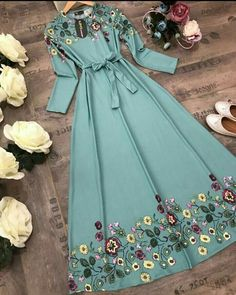 💠Brand Name : Gopinath Fashion 💠Fabric : Heavy Polly Rayon 💠INNER: Inner Available 💠Work : Digital Print 💠Size: M , L , XL , XXL 💠Length: 52 🤳🏻🤳🏻 Book your order fast Dispatch on order next Days Modest Dresses, Modest Outfits, Pretty Dresses, Beautiful Dresses, Dress Outfits, Casual Dresses, Maxi Dresses, Dress Shoes, Shoes Heels
